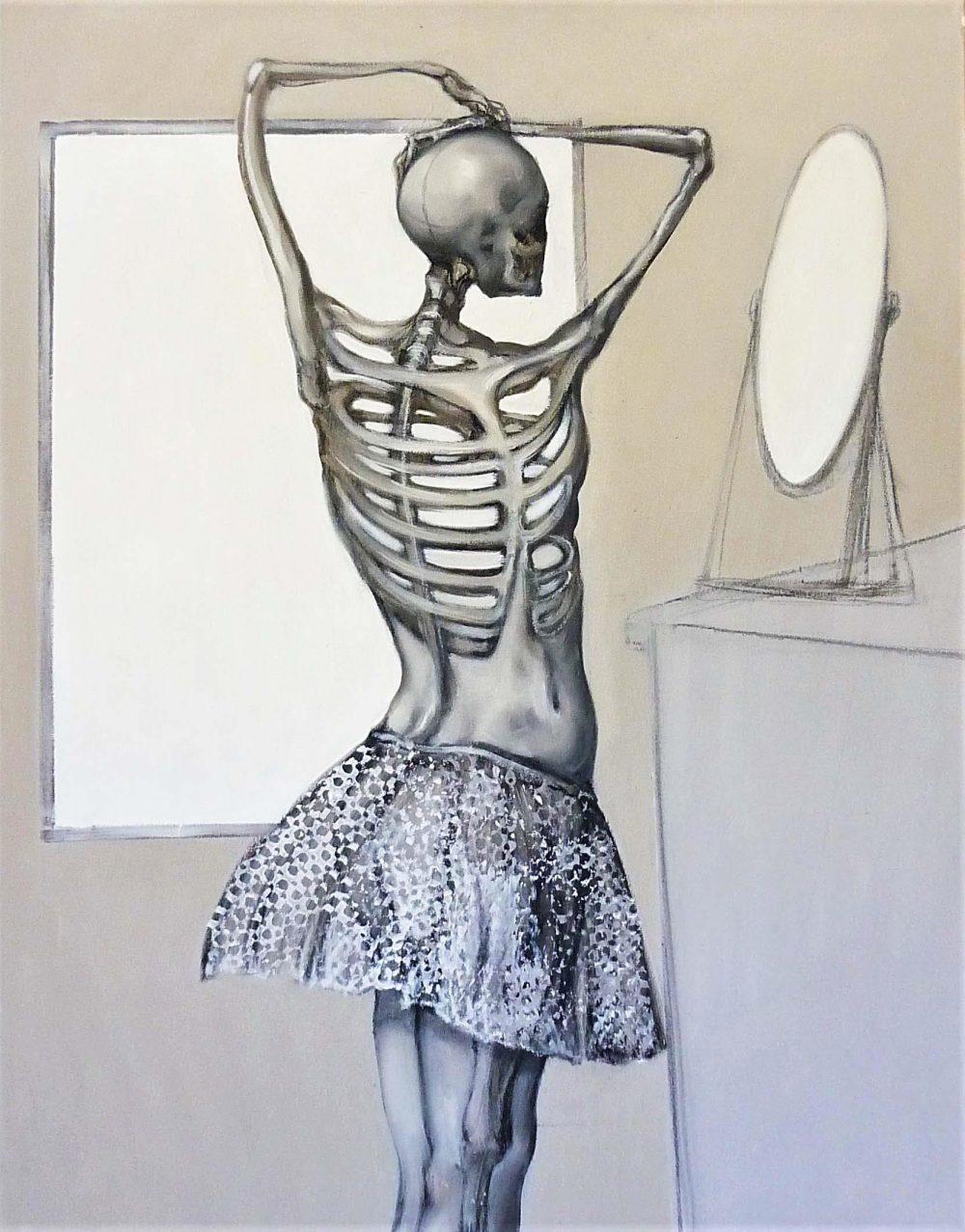 Figura ante dos espejos
